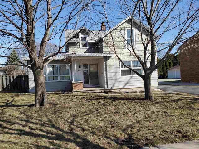 852 W 20TH Avenue, Oshkosh, WI 54902 (#50219977) :: Todd Wiese Homeselling System, Inc.