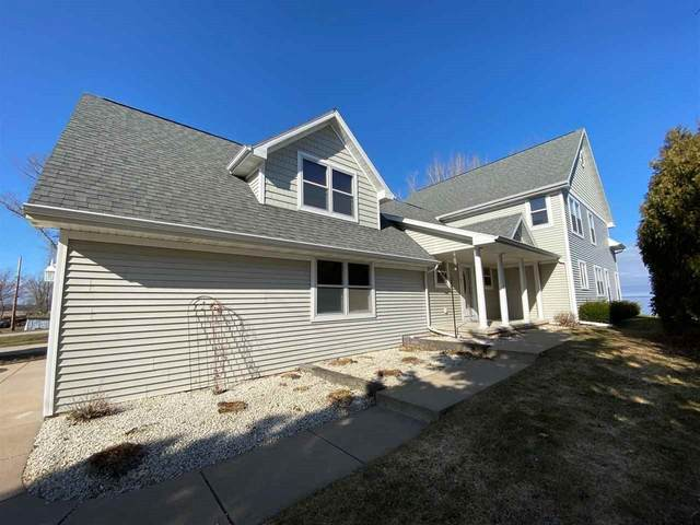 3296 Sunset Beach Lane, Suamico, WI 54173 (#50219978) :: Symes Realty, LLC