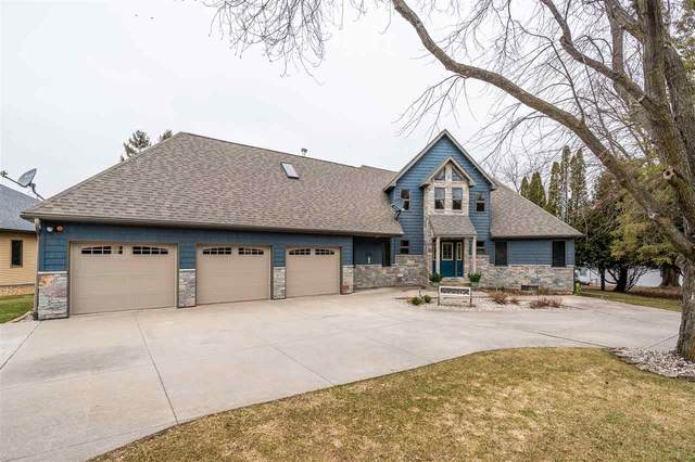 9644 Welsch Road, Winneconne, WI 54986 (#50220032) :: Todd Wiese Homeselling System, Inc.