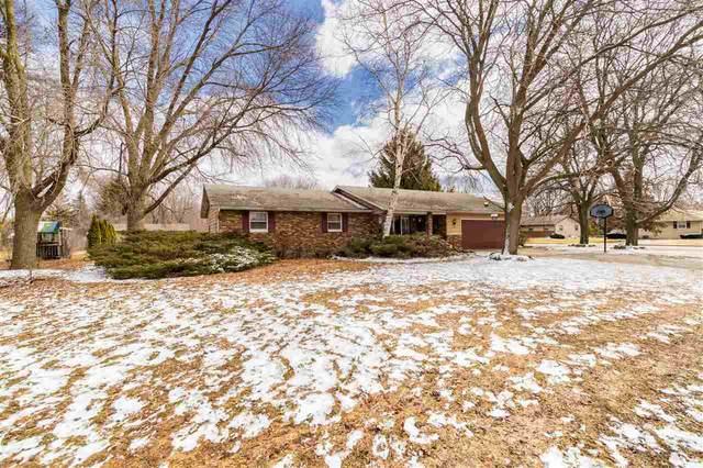 2002 N Perkins Street, Appleton, WI 54914 (#50220050) :: Todd Wiese Homeselling System, Inc.
