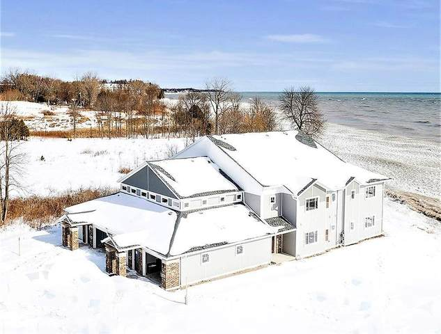 2606 Lake Street, Algoma, WI 54201 (#50220072) :: Todd Wiese Homeselling System, Inc.