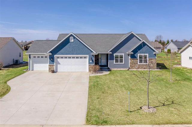 N1739 Shadybrook Lane, Greenville, WI 54942 (#50220112) :: Todd Wiese Homeselling System, Inc.