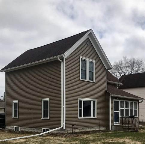 1002 Algoma Street, New London, WI 54961 (#50220116) :: Todd Wiese Homeselling System, Inc.
