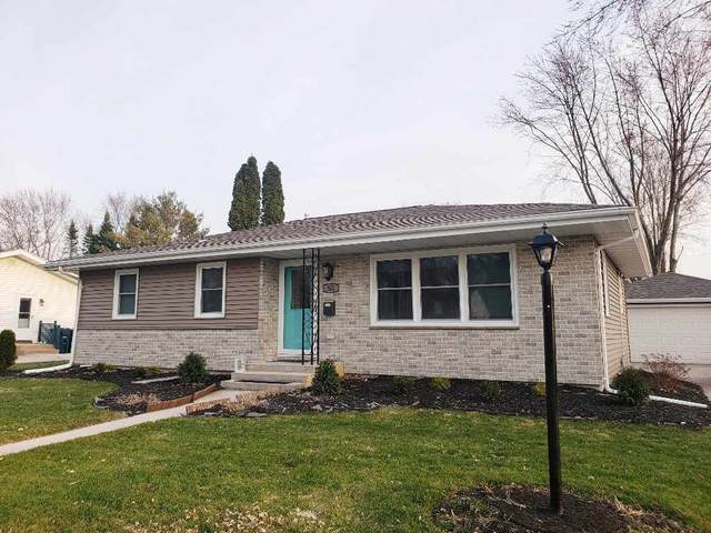 552 E 2ND Street, Fond Du Lac, WI 54935 (#50220147) :: Todd Wiese Homeselling System, Inc.