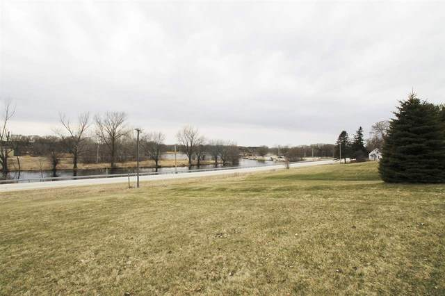 N Water Street, Algoma, WI 54201 (#50220163) :: Dallaire Realty