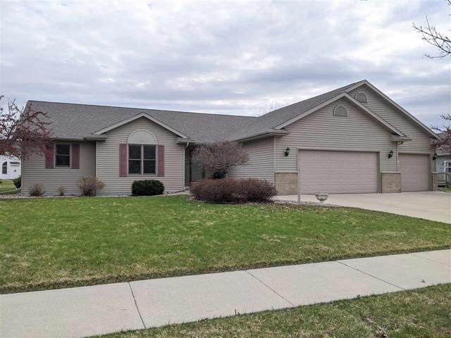 968 Whippoorwill Lane, Fond Du Lac, WI 54935 (#50220170) :: Todd Wiese Homeselling System, Inc.