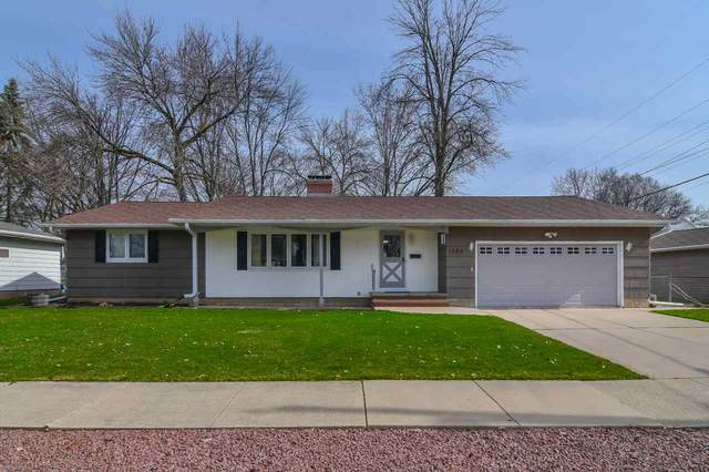 1060 Raleigh Street, Green Bay, WI 54304 (#50220174) :: Symes Realty, LLC