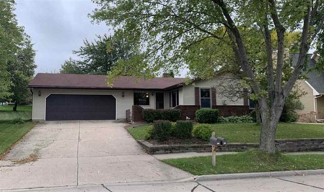 101 W Morningside Drive, Kaukauna, WI 54130 (#50220235) :: Todd Wiese Homeselling System, Inc.
