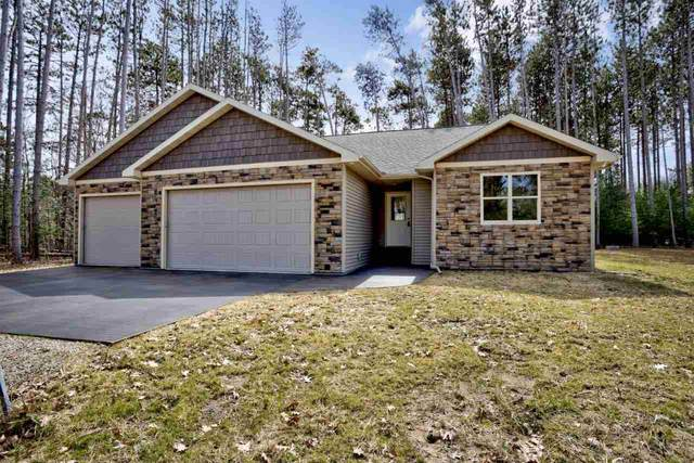 E2581 Pine Court, Waupaca, WI 54981 (#50220260) :: Todd Wiese Homeselling System, Inc.