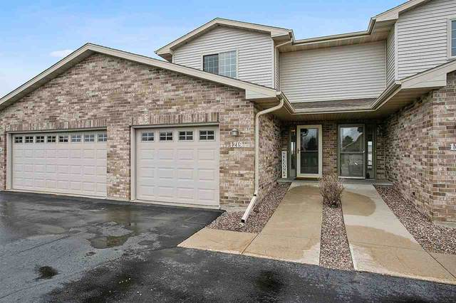 1219 Pond View Circle, De Pere, WI 54115 (#50220336) :: Todd Wiese Homeselling System, Inc.