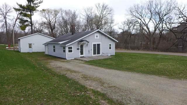 104 Pleasant Street, Waupaca, WI 54981 (#50220494) :: Todd Wiese Homeselling System, Inc.