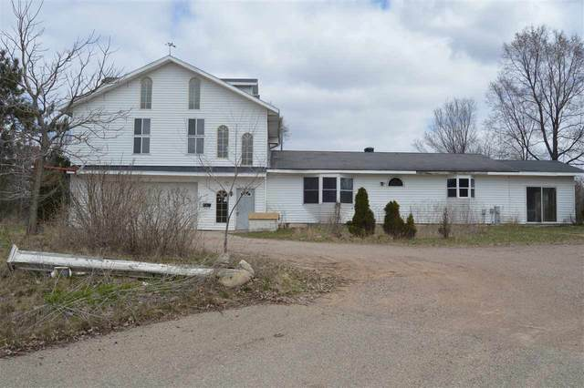 N2592 Orchard Way, Waupaca, WI 54981 (#50220563) :: Todd Wiese Homeselling System, Inc.