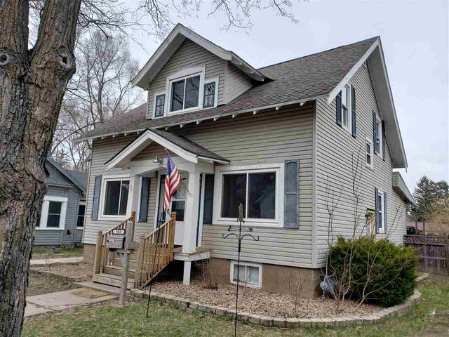 503 5TH Street, Waupaca, WI 54981 (#50220868) :: Todd Wiese Homeselling System, Inc.