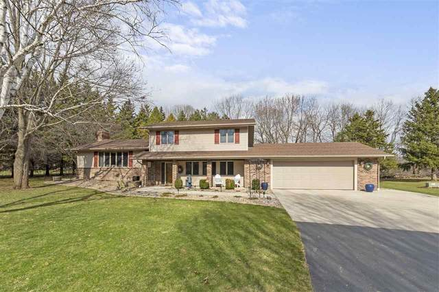 N1132 Churchill Road, Greenville, WI 54942 (#50220936) :: Todd Wiese Homeselling System, Inc.