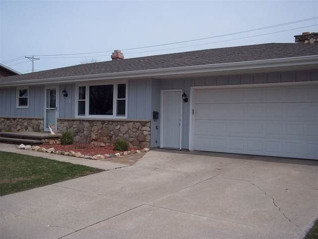 1516 N Linwood Avenue, Appleton, WI 54914 (#50220956) :: Dallaire Realty
