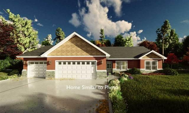 202 Lakota Lane, Kewaunee, WI 54216 (#50221001) :: Todd Wiese Homeselling System, Inc.