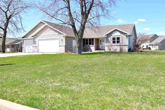 W5262 Arbor Vitae Court, Sherwood, WI 54169 (#50221002) :: Todd Wiese Homeselling System, Inc.