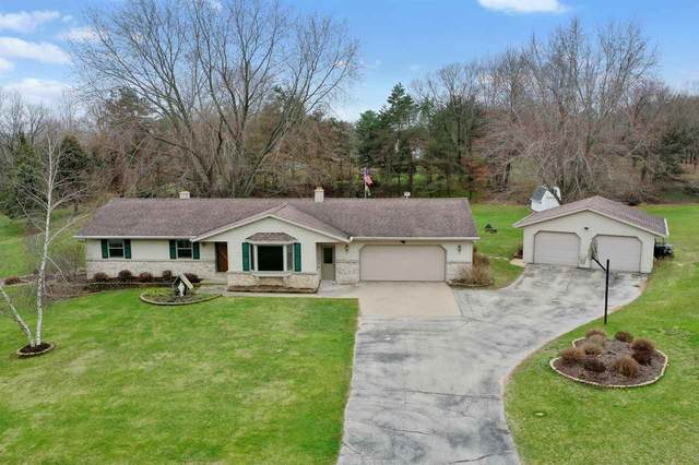 W457 Hillside Drive, De Pere, WI 54115 (#50221119) :: Todd Wiese Homeselling System, Inc.