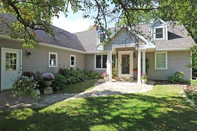 1194 Pages Point, Menasha, WI 54952 (#50221215) :: Dallaire Realty