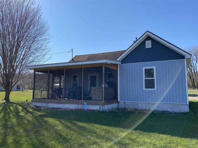 W1355 Hwy A, Berlin, WI 54923 (#50221217) :: Todd Wiese Homeselling System, Inc.