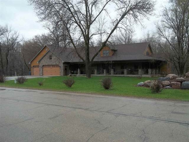 255 7TH Street, Clintonville, WI 54929 (#50221241) :: Todd Wiese Homeselling System, Inc.