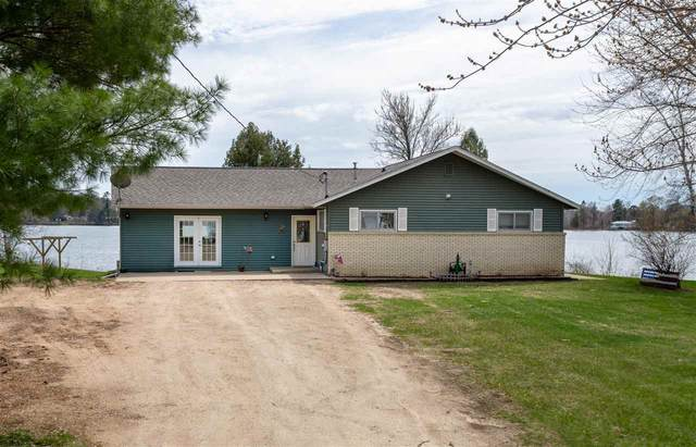 239 Riverview Drive, Manawa, WI 54949 (#50221270) :: Dallaire Realty