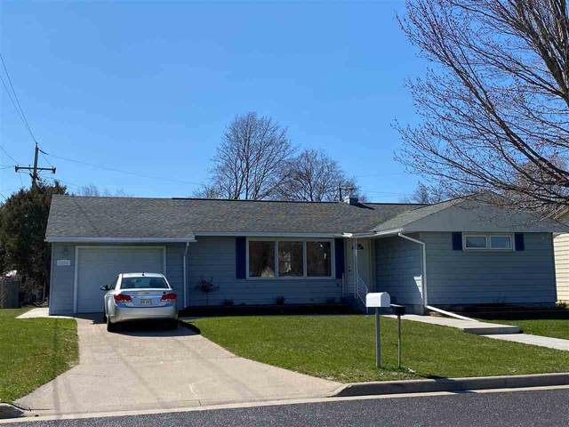 1118 Owena Street, Marinette, WI 54143 (#50221336) :: Todd Wiese Homeselling System, Inc.