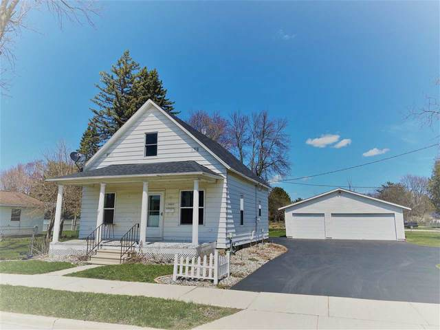 2612 Minnesota Street, Marinette, WI 54143 (#50221386) :: Dallaire Realty