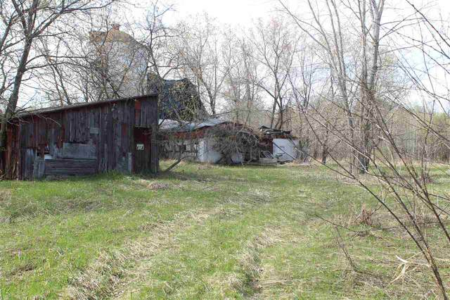 1417 E Frontage Road, Little Suamico, WI 54141 (#50221417) :: Todd Wiese Homeselling System, Inc.