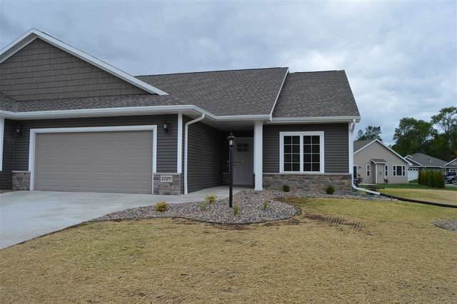 2225 Mahogany Trail #26, De Pere, WI 54115 (#50221432) :: Todd Wiese Homeselling System, Inc.