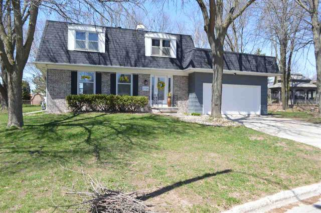2725 Little Edelweiss Drive, Green Bay, WI 54302 (#50221469) :: Dallaire Realty