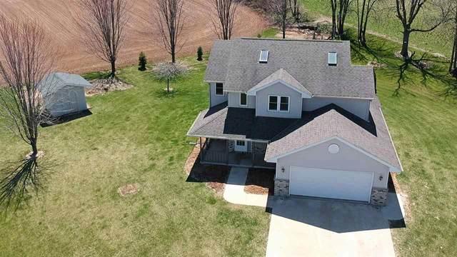 1215 Little Seidl Lake Drive, Kewaunee, WI 54216 (#50221499) :: Todd Wiese Homeselling System, Inc.