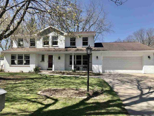 724 Bordeaux Rue, ALLOUEZ, WI 54301 (#50221512) :: Todd Wiese Homeselling System, Inc.