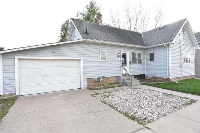 22 E 12TH Street, Clintonville, WI 54929 (#50221530) :: Todd Wiese Homeselling System, Inc.