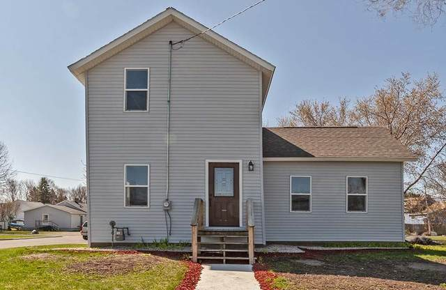 2301 Sherman Street, Marinette, WI 54143 (#50221564) :: Dallaire Realty