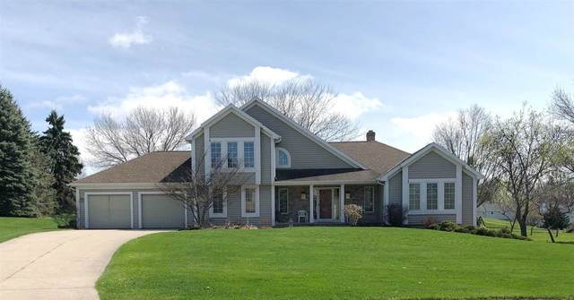 1414 N Bay Highlands Drive, Green Bay, WI 54311 (#50221592) :: Dallaire Realty