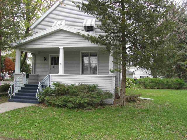 111 E Scott Street, Fond Du Lac, WI 54935 (#50221621) :: Dallaire Realty