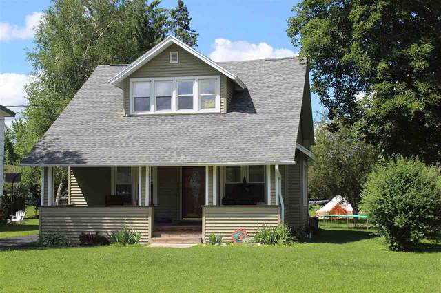 175 River Heights, Shawano, WI 54166 (#50221706) :: Todd Wiese Homeselling System, Inc.