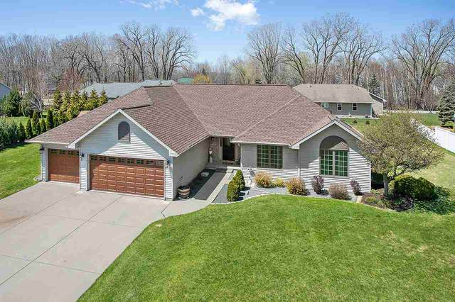 3043 Harbor Winds Drive, Suamico, WI 54173 (#50221799) :: Todd Wiese Homeselling System, Inc.