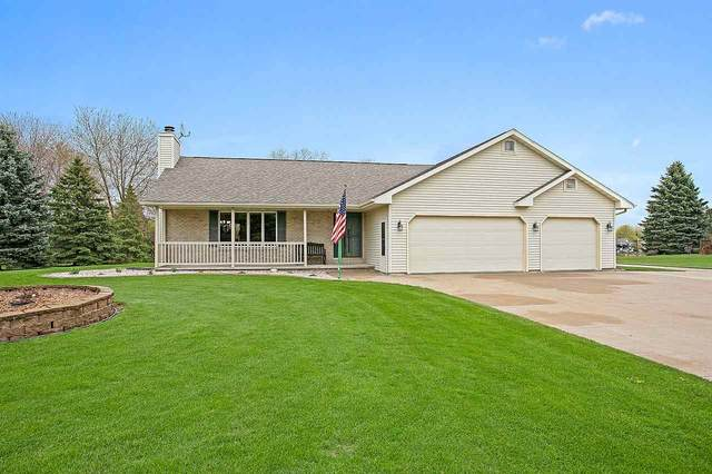 N4208 Oak Lane, Freedom, WI 54130 (#50221941) :: Todd Wiese Homeselling System, Inc.