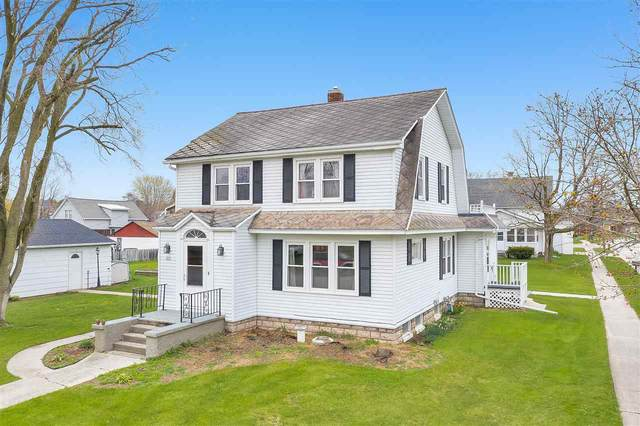 523 Buchanan Street, Mishicot, WI 54228 (#50221997) :: Todd Wiese Homeselling System, Inc.