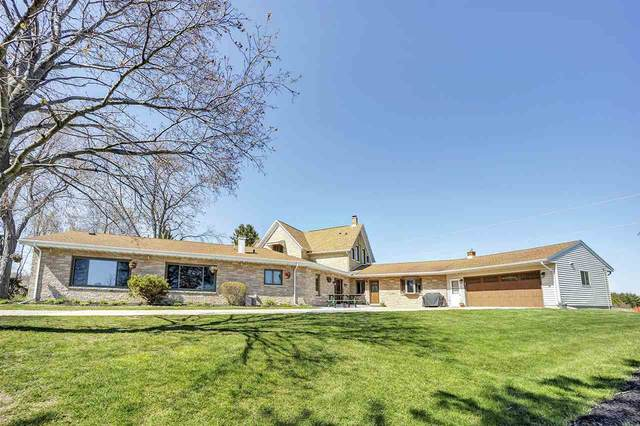 829 Oak Street, Mishicot, WI 54228 (#50222077) :: Todd Wiese Homeselling System, Inc.