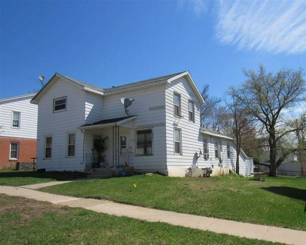 122 S State Street, Berlin, WI 54923 (#50222124) :: Dallaire Realty