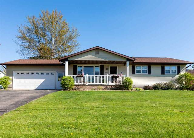 2008 Pershing Road, New London, WI 54961 (#50222265) :: Dallaire Realty