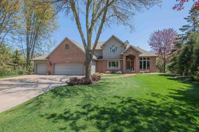 W2496 Brookhaven Court, Appleton, WI 54915 (#50222267) :: Dallaire Realty