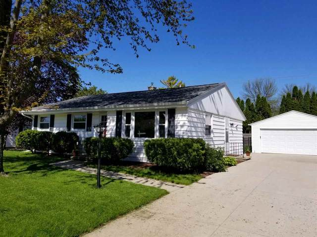 2324 S Telulah Avenue, Appleton, WI 54915 (#50222314) :: Todd Wiese Homeselling System, Inc.