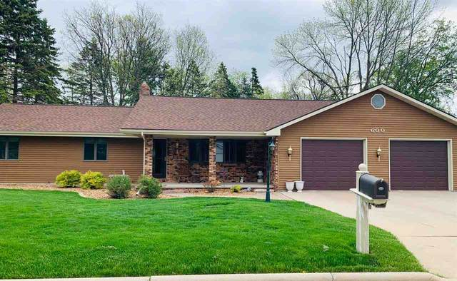 600 Hagens Court, Little Chute, WI 54140 (#50222359) :: Todd Wiese Homeselling System, Inc.