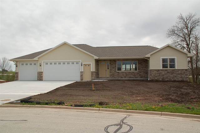 2250 Daly Drive, Green Bay, WI 54311 (#50222360) :: Symes Realty, LLC