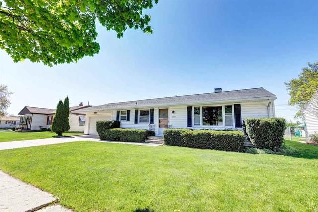 1059 Shadow Lane, Green Bay, WI 54304 (#50222370) :: Ben Bartolazzi Real Estate Inc