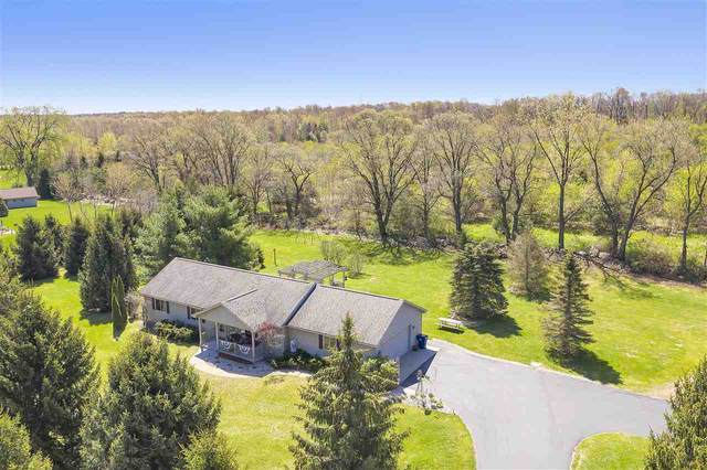 8897 Glory Lane, Amherst Jct, WI 54407 (#50222411) :: Todd Wiese Homeselling System, Inc.